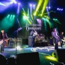 The Hollywood Vampires perform at The Greek Theatre on May 11, 2019 in Los Angeles, California - 454 x 303