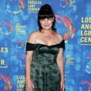 Actress Pauley Perrette attends the Los Angeles LGBT Center 47th Anniversary Gala Vanguard Awards at Pacific Design Center on September 24, 2016 in West Hollywood, California - 408 x 600