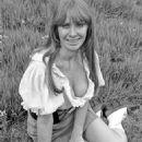 Carol Cleveland - 454 x 568