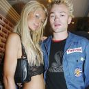 Deryck Whibley and Paris Hilton