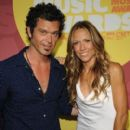 Doyle Bramhall II and Sheryl Crow - 400 x 485