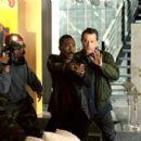 Judah Friedlander, Eddie Murphy and Robert De Niro in Showtime - 2002