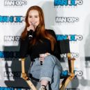 Madelaine Petsch – Fan Expo Vancouver 03/03/2019 - 454 x 636
