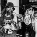 Rob Zombie and Sheri Moon - 454 x 453
