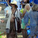 Kate Hudson in Bikini at the beach in Skiathos - 454 x 573