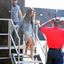 Demi Lovato boarding an helicopter in New York City - 454 x 439