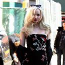 Dove Cameron – alice + olivia by Stacey Bendet Fall 2017 Presentation - Arrivals - 454 x 675