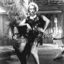 Marlene Dietrich - 400 x 460