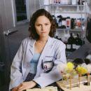 Jorja Fox as Maggie Doyle in ER - 454 x 560