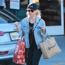 Sarah Michelle Gellar – Shopping in Santa Monica