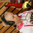 Kiira Korpi - Unknown Radio Recording 26.06.2007