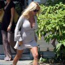 Pamela Anderson Leaving A Vet Office In Malibu, August 15 2006