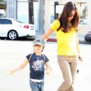 Vanessa Marcil - Candid Pics In West Hollywood, 17.11.2007.