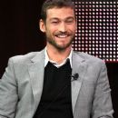 Andy Whitfield - 383 x 594
