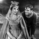 Julie Andrews - 454 x 574