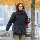 Emmy Rossum and Julia Garner – Filming 'Modern Love' at a Brooklyn Park in NY - 454 x 687