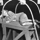 Jane Wyman - 454 x 352
