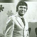 Jim Lange - 220 x 311