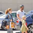 Amy Adams and Darren Le gallo Are Seen Out and About (August 8, 2017) - 412 x 600