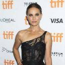 Natalie Portman – 'Lucy In The Sky' premiere at the 44th TIFF in Toronto - 454 x 574