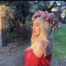 Christina Aguilera – Liberation Tour Photoshoots 2018 - 454 x 456