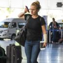 Hayden Panettiere in Jeans at Airport in Barbados - 454 x 670
