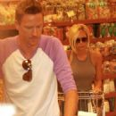 Victoria Beckham Grocery Shopping In Beverly Hills, July 26 2007