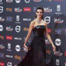 Clara Lago- Platino Awards 2017- Red Carpet - 399 x 600