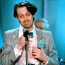 The Wedding Singer - Steve Buscemi - 400 x 263
