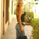 Ashley Lowe - 427 x 640