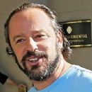 Gil Bellows - 220 x 270