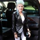 Cyndi Lauper – Filming Commercial in New York City - 454 x 813