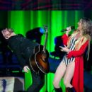 Jennifer Nettles – Performs at the Prudential Center in Newark