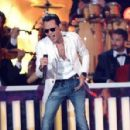 Marc Anthony- Billboard Latin Music Awards - Show - 454 x 298
