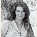 Mariette Hartley - 454 x 548
