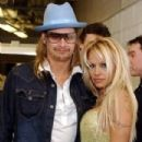Kid Rock and Pamela Anderson - 303 x 406