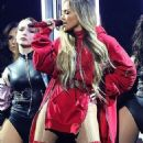 Jennifer Lopez – Performing at 'TIDAL X: Brooklyn' Benefit Concert in NY - 454 x 802