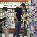Alexander Skarsgard-February 21, 2014-Alexander Skarsgard Shops for Groceries