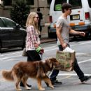Amanda Seyfried and Justin Long out with Finn in New York City (September 9) - 454 x 673