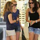 Anna Paquin: Shopping in Santa Monica