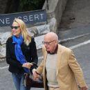Jerry Hall and Rupert Murdoch - 454 x 828