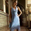 Sharon Van der Knaap - 348 x 500