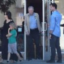 Angelina Jolie walks with her father and daughter in Los Angeles (August 12, 2017) - 454 x 290