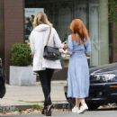Isla Fisher at a Iced Coffee in Los Angeles May 18, 2017 - 454 x 483