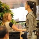 "Leighton Meester - On ""The Roommate"" Set In LA (27.5.09)"