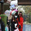 Kourtney Kardashian celebrating a friend's birthday at Lovis Restaurant in Calabasas, California on January 9, 2017 - 446 x 600