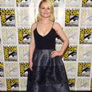 Actress Emilie de Ravin attends