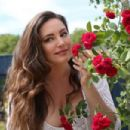 Kelly Brook – Chelsea Flower Show in London - 454 x 303