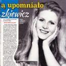 Beata Tyszkiewicz - Retro Wspomnienia Magazine Pictorial [Poland] (3 March 2019) - 454 x 642