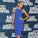 Blake Lively At The 2011 MTV Movie Awards - 384 x 594